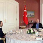 La réconciliation dans le Golfe et les liens avec la France discutés par Erdogan et Hariri lors d'une réunion surprise |