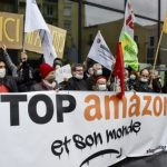 Des centaines de personnes protestent contre l'expansion de l'Amazonie en France