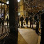 Alors que la crise du virus se prolonge, la jeunesse française durement touchée lutte