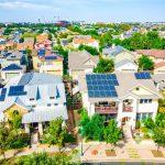 """Les millénaires n'achètent pas seulement des maisons, ils achètent aussi des maisons """"de démarrage"""" de plusieurs millions de dollars"""