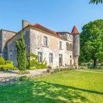 Neuf magnifiques maisons à vendre en Europe, comme le montre Country Life