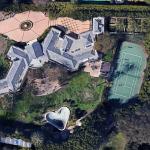 La maison de Casey Kasem à Los Angeles avec une piscine en forme de cœur liste pour 37,9 millions de dollars