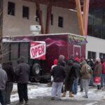 Les clients disent que les épiceries du Texas les laissent prendre des articles gratuitement pendant les tempêtes de neige