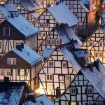 La flambée des prix de l'immobilier en Europe suscite des inquiétudes quant à la résilience du marché