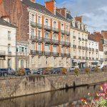 Combien coûte réellement une propriété française ?