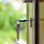 Les agents immobiliers français se battent pour maintenir la visite des maisons en état d'urgence