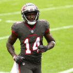 2021 NFL Free Agency: The 10 Best 25-and-Under Players in This Year's Class | Bleacher Report