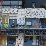 Le gouvernement écossais va proposer des inspections gratuites du revêtement des immeubles de grande hauteur.