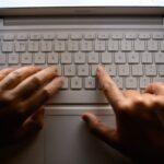 Les députés estiment qu'il faut prendre des mesures pour lutter contre les annonces frauduleuses en ligne sur les retraites.