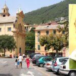 Appels téléphoniques et témoignages d'estime de la part des fidèles à l'égard de Don Giulio, le curé de Bonassola en faveur de la bénédiction des couples homosexuels.