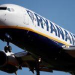 Ryanair prévoit des pertes record pour l'année financière en raison de Covid-19