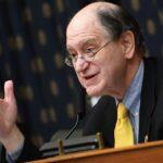 Les démocrates du Congrès demandent une surveillance plus stricte du trading en ligne gratuit après le règlement de l'affaire Robinhood.