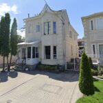 Une calculatrice immobilière en ligne permet d'estimer le coût des maisons à Toronto.